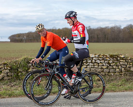 Two Cyclists - Paris-Nice 2018