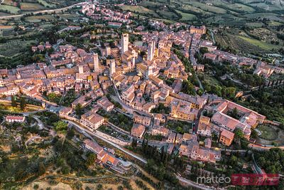 Overhead view of San Gimignano town, Tuscany, Italy