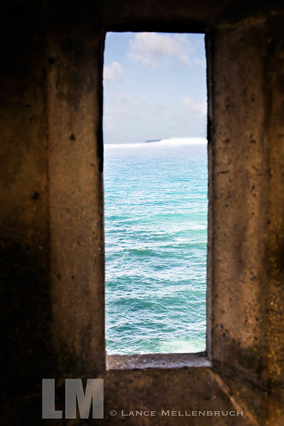 Window view of the ocean at Castillo San Felipe del Morro