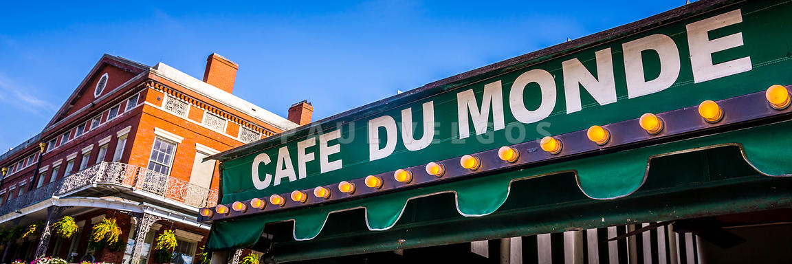 Cafe Du Monde New Orleans Picture