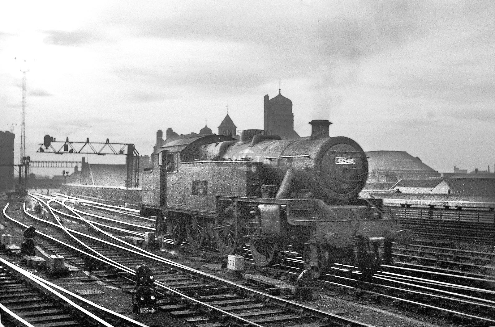 Steam loco Stanier 4MTT 42548 Newcastle