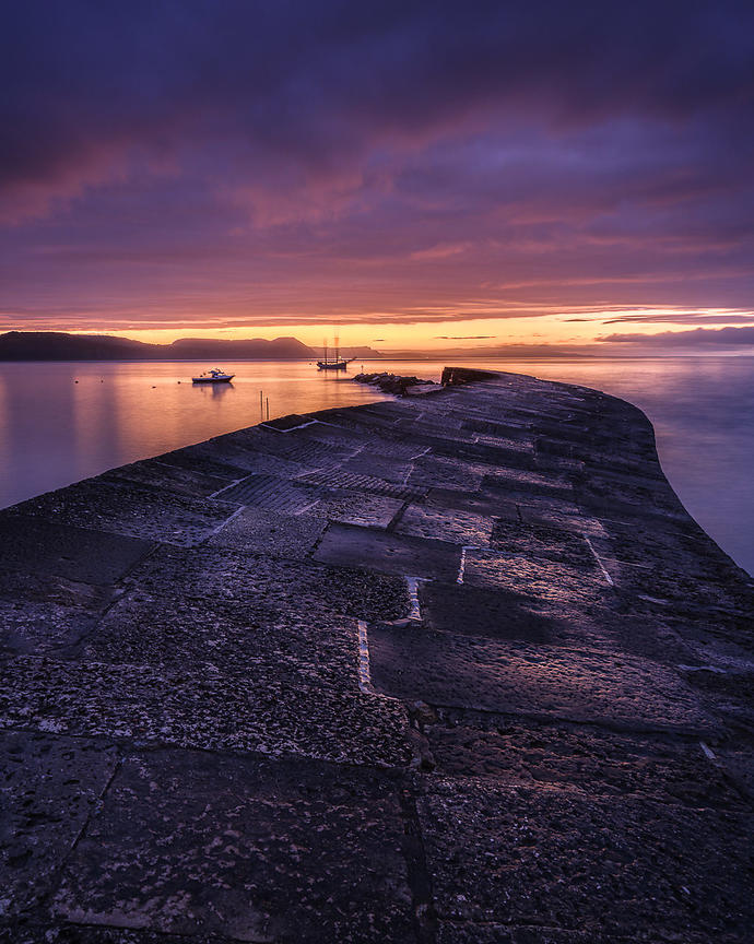 Colourful_twilight_-_Lyme_Regis