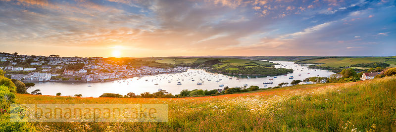 BP5380 - Panoramic view of Salcombe and the Kingsbridge Estuary