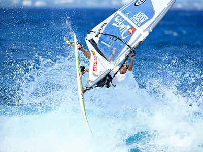 WINDSURFING IN SAINT MARTIN