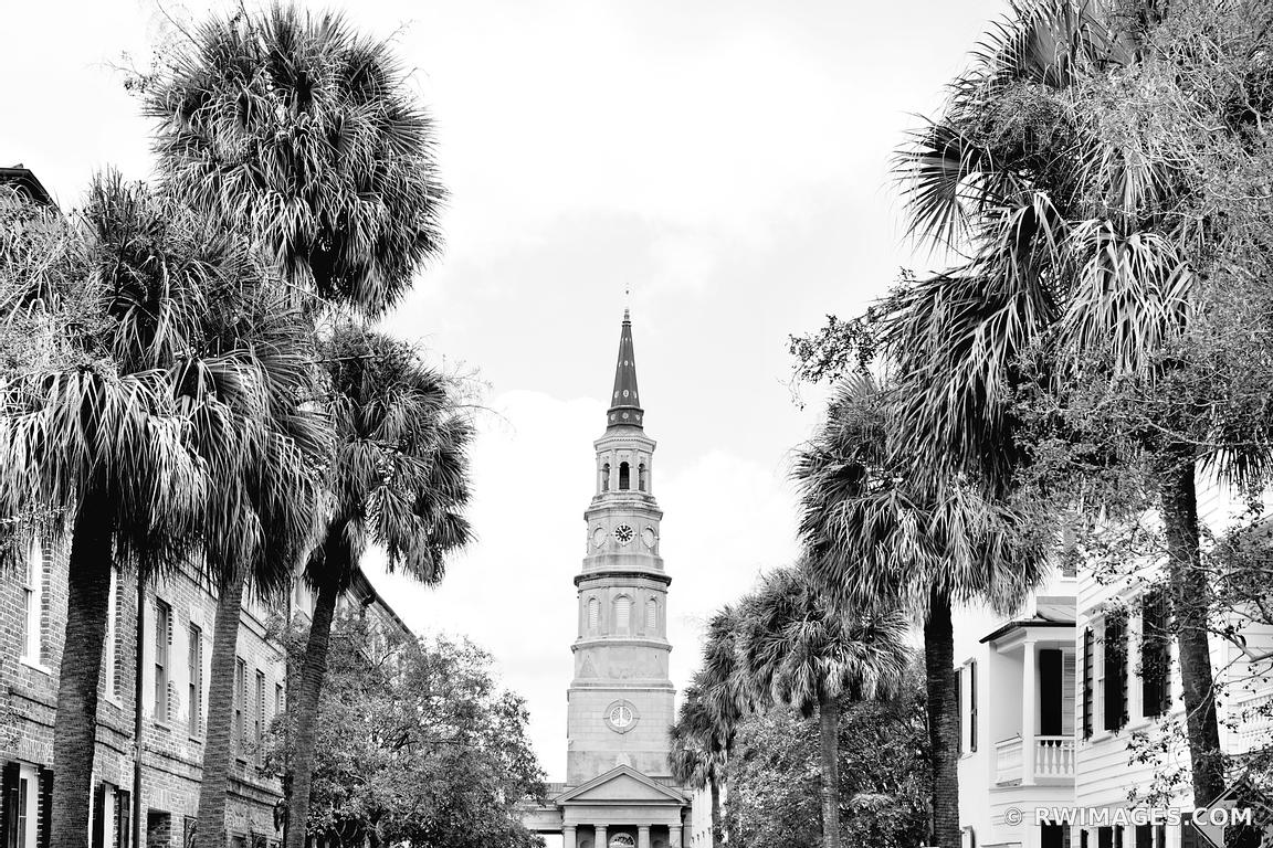 SAINT PHILIPS CHURCH CHARLESTON SOUTH CAROLINA BLACK AND WHITE