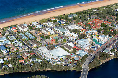 Narrabeen Shopping Centre