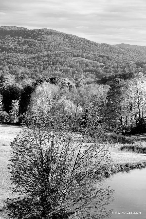 VERMONT BLACK AND WHITE VERTICAL