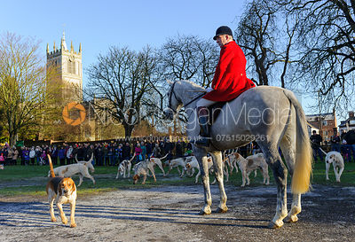 Huntsman Andrew Osborne at the meet in Melton Mowbray - The Cottesmore Hunt in Melton Mowbray 2/1