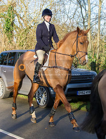 Caroline Edwards arriving at the meet at the Carington Arms, Ashby Folville
