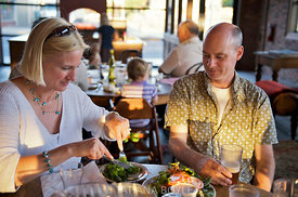 Casual restaurant diners; Oregon, U.S.A.