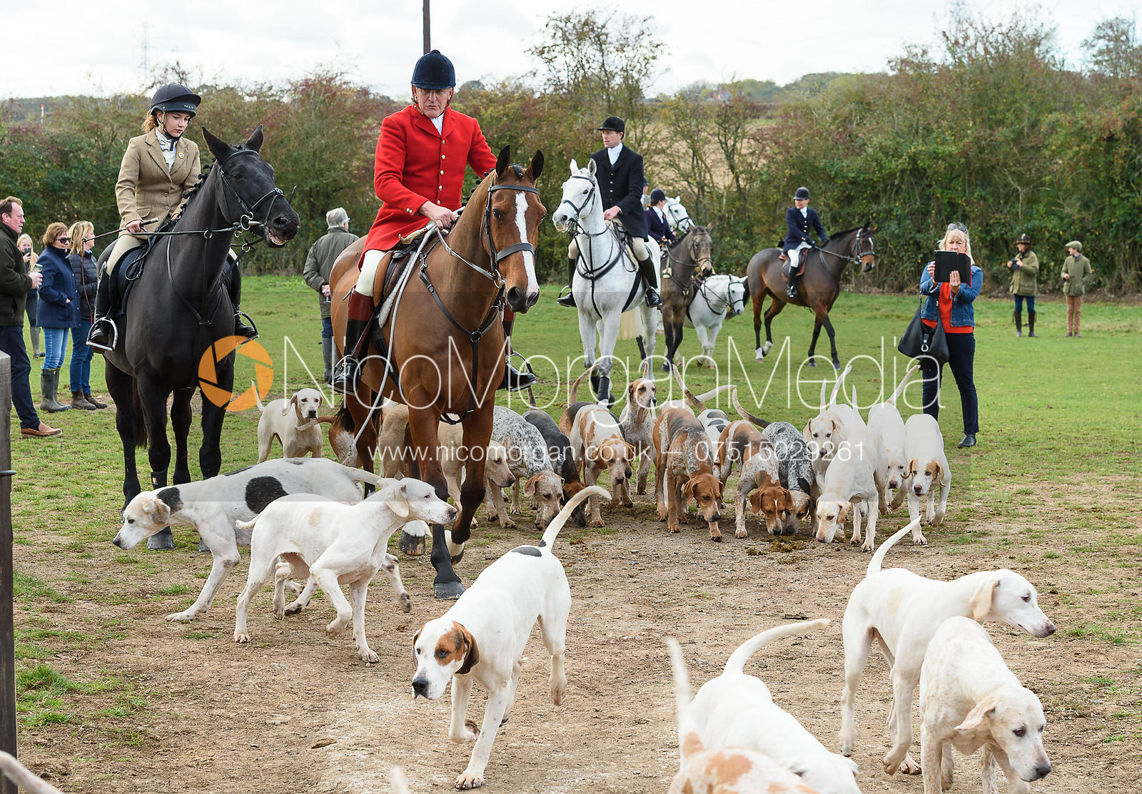 Emily Spence, Peter Collins at the meet. Quorn Hunt Opening Meet 2018