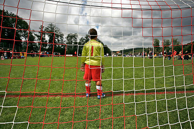 Today I was a soccer photografer - and although the weather was more or less like this, I burnt my head..I made some 800+ pic...