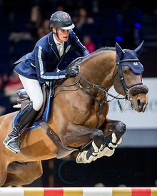 Zurich, Switzerland, 27.1.2018, Sport, Reitsport, Mercedes-Benz CSI Zurich - Art on Ice Championat. Bild zeigt Olivier PHILIPPAERTS (BEL) riding EXTRA...27/01/18, Zurich, Switzerland, Sport, Equestrian sport Mercedes-Benz CSI Zurich - Art on Ice Championat. Image shows Olivier PHILIPPAERTS (BEL) riding EXTRA.