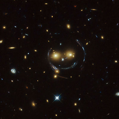 Le Smiley de SDSS J1038+4849