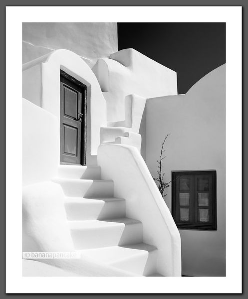 Santorini Steps - Black and White Print.(BP3770)