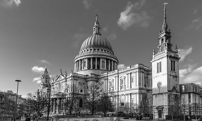 Winter sun St Paul's Cathedral BW