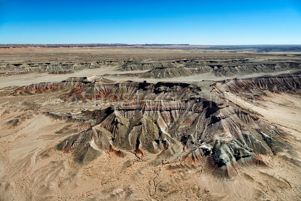 The Tloi Eechii cliffs at  Ward Terrace,  erosional landscape  20 km east of Gray Mountain,  Painted Desert, Navajo Nation,  ...