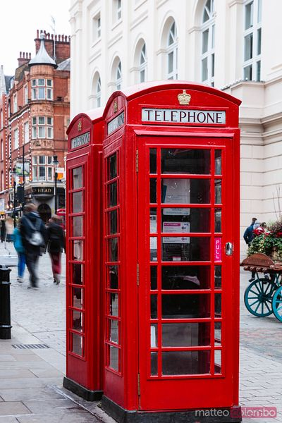 Traditional red telephone box, London, United Kingdom