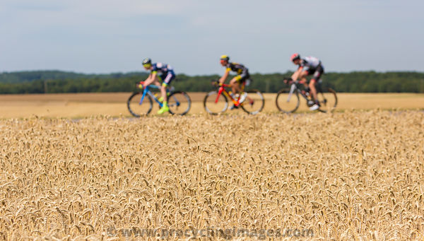 Abstract Breakaway - Tour de France 2017