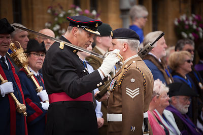 Major Jeremy Burnan RLC, Officer Commanding 142 squadron RLC and parade commander for the day, speaking with SSgt Mark Taylor