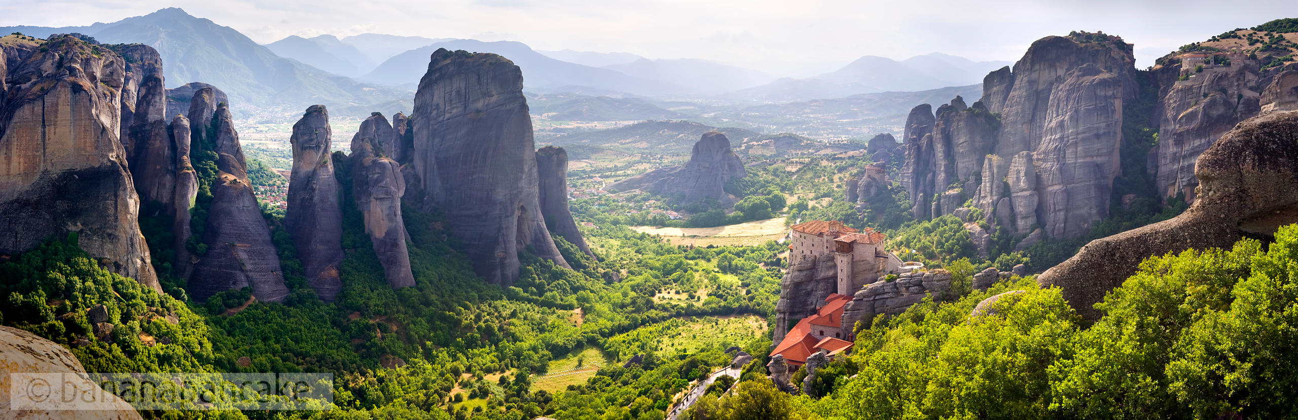BP1061 - Panoramic view of Meteora, Greece