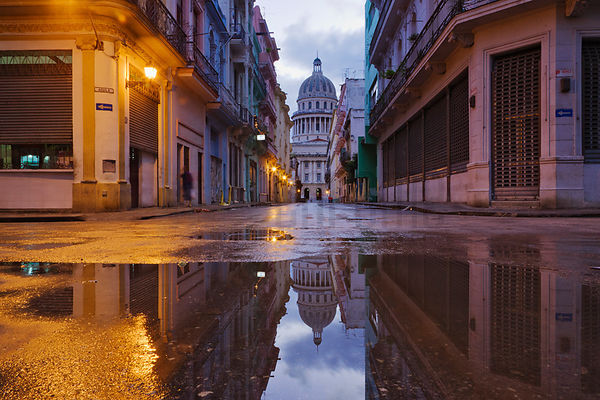 View of the Capitolio at Dawn