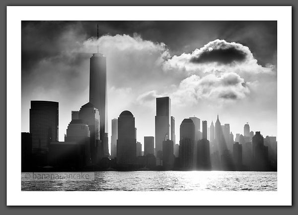 Mist over the lower Manhattan skyline Black and White Print (BP4473BWN)