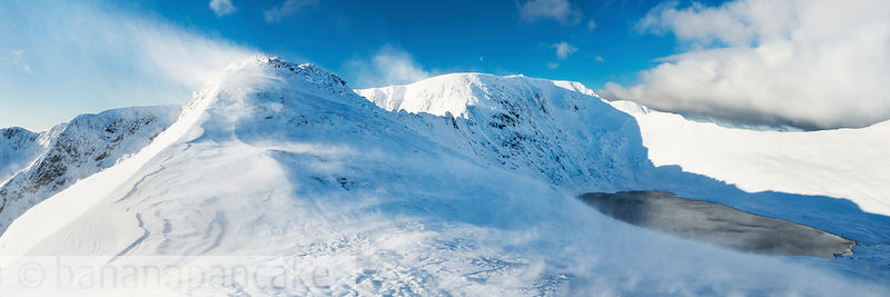 High Spying How and Striding Edge in winter - BP3338