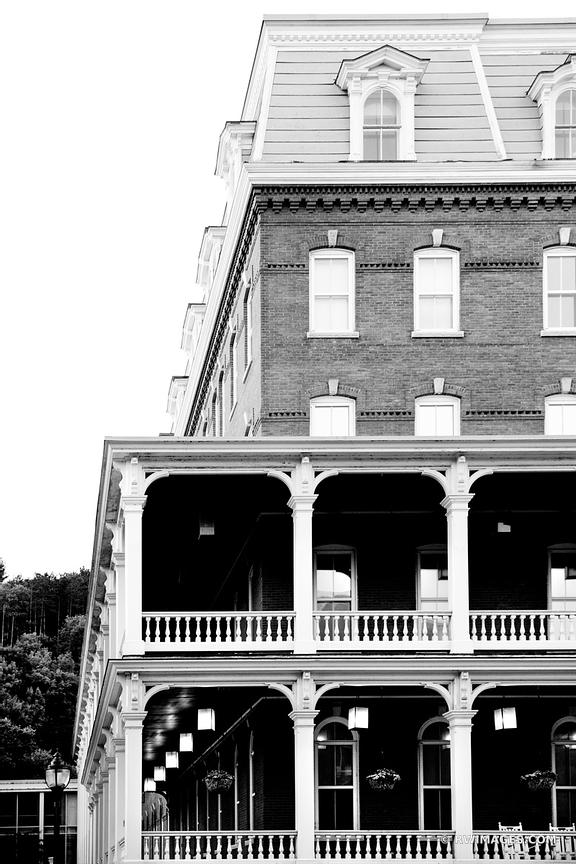 HISTORIC ARCHITECTURE MONTPELIER VERMONT BLACK AND WHITE