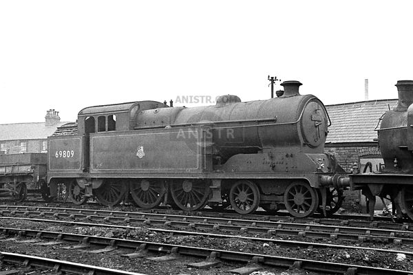 PHOTOS OF A5 CLASS ER 4-6-2T STEAM LOCOS
