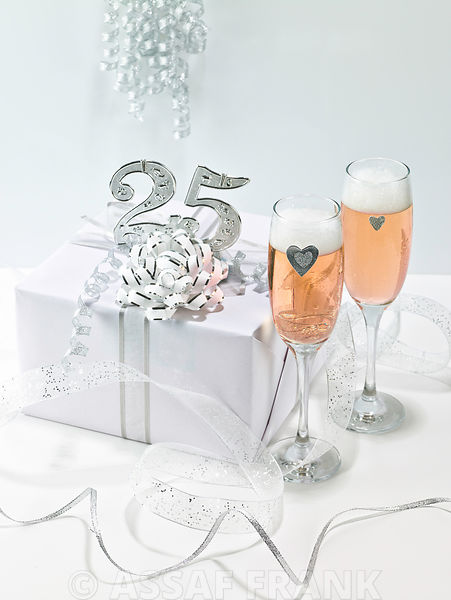 25th Silver anniversary gift box with champagne