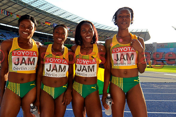 Season best and silver medal for the 4x400m Jamaican relay team