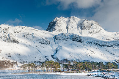 BP2292N - Slioch, from Loch Maree, Winter