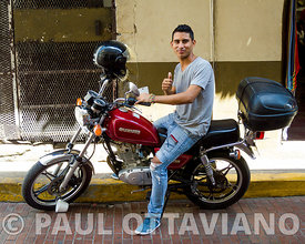 Casco Antiguo Portrait | Paul Ottaviano Photography