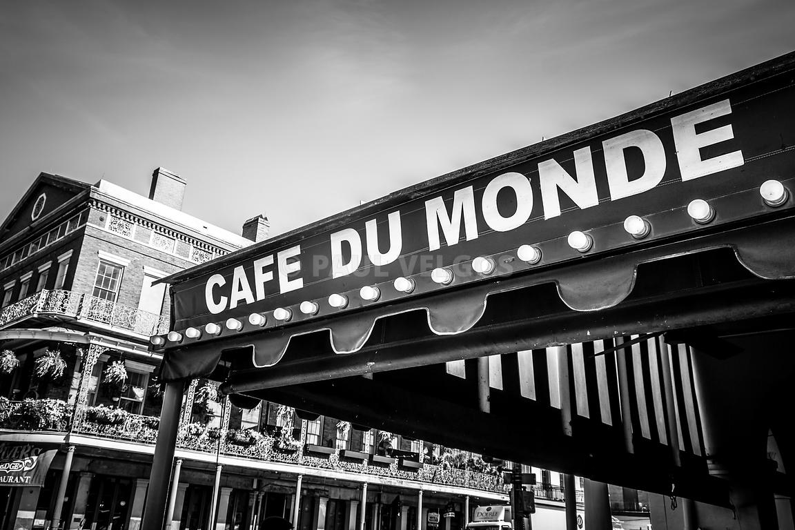 Cafe Du Monde Black and White Picture