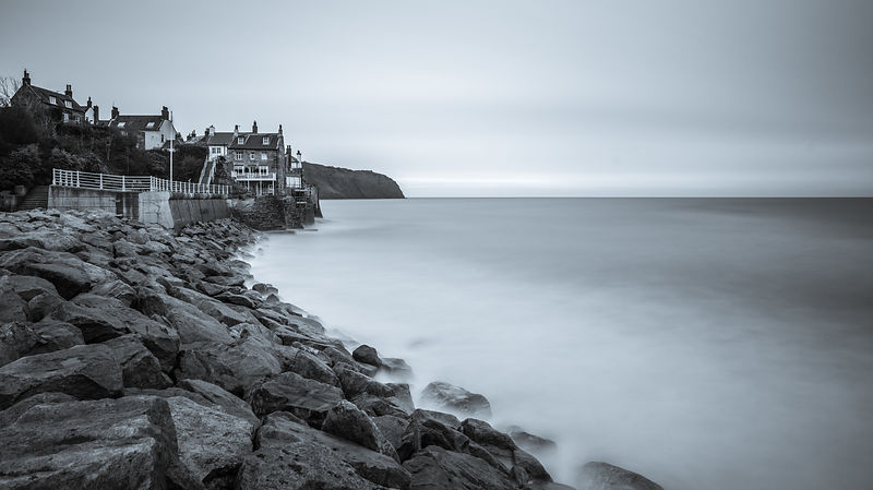 Grey morning at Robin Hood's Bay