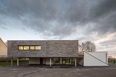 Extension of a school architecture