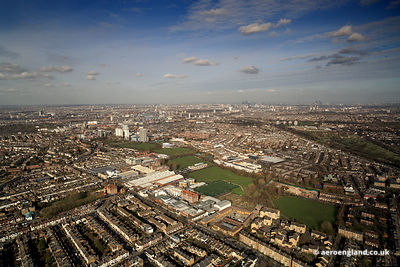 aerial photograph of Merton Rd Wandsworth  London SW18 5JX England UK also showing Southfields Community College, Astonville ...