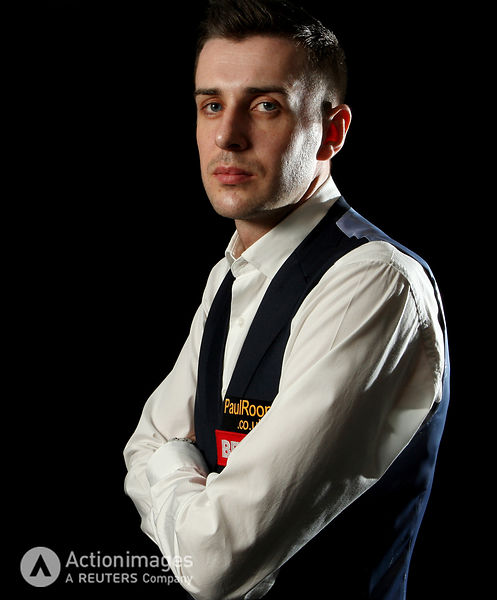 Snooker - Betfred.com World Snooker Championship - The Crucible Theatre, Sheffield - 25/4/11.Mark Selby poses after winning h...