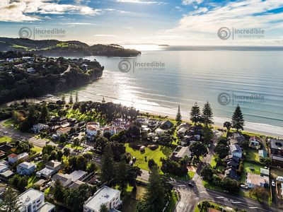 Orewa1_-_Views02