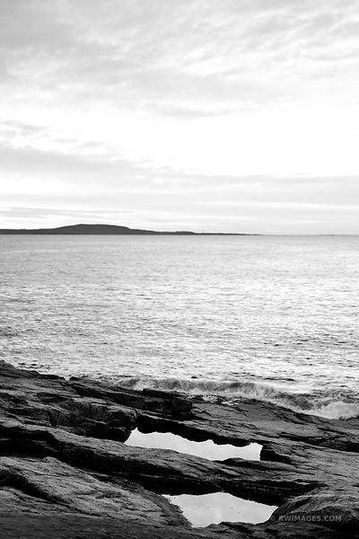ATLANTIC OCEAN AND ROCKY COAST ACADIA NATIONAL PARK BLACK AND WHITE