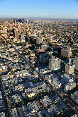 Wilshire Boulevard in Los Angeles