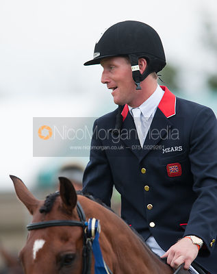 Oliver Townend - prizegiving ceremony - Land Rover Burghley Horse Trials 2012.