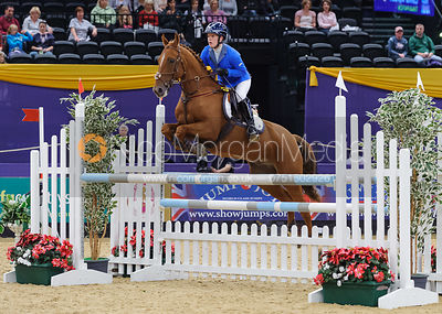 Connor Morley and Tinapatch, Horse of the Year Show 2010