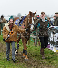Parade ring - Maiden Div I - Cottesmore at Garthorpe