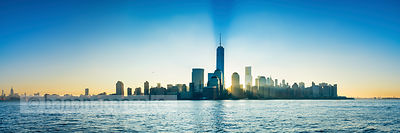 BP4465 - The lower Manhattan skyline at dawn, New York
