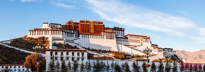 Panoramic of famous Potala palace, Lhasa, Tibet