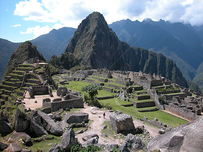 The ruins of Macchu Pichu, World Heritage Site of Humanity and one of the Seven Wonders of the World, in Cusco Department, An...
