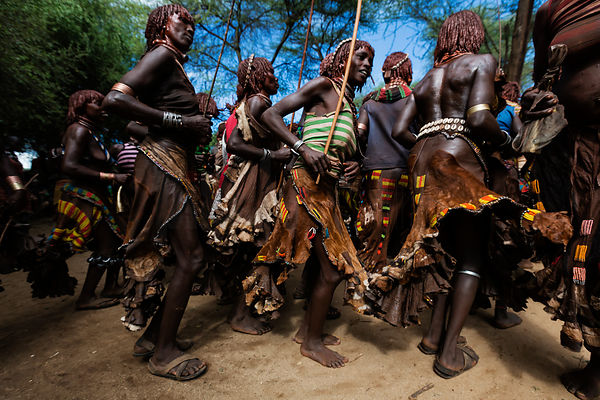 Hamar Women at Whipping Ceremony Before a Bull Jumping