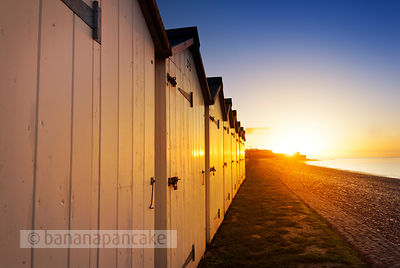 BP1376 - Beach huts at Budleigh Salterton